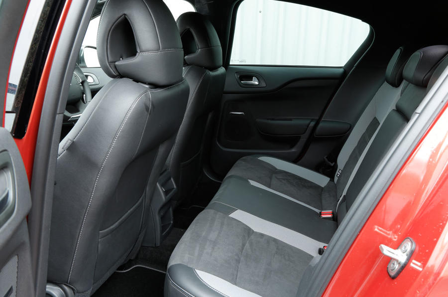 The rear seats of the DS 4 Crossback