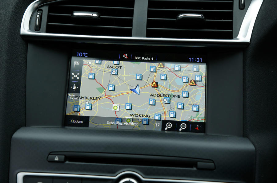 The infotainment system installed in the DS 4 Crossback