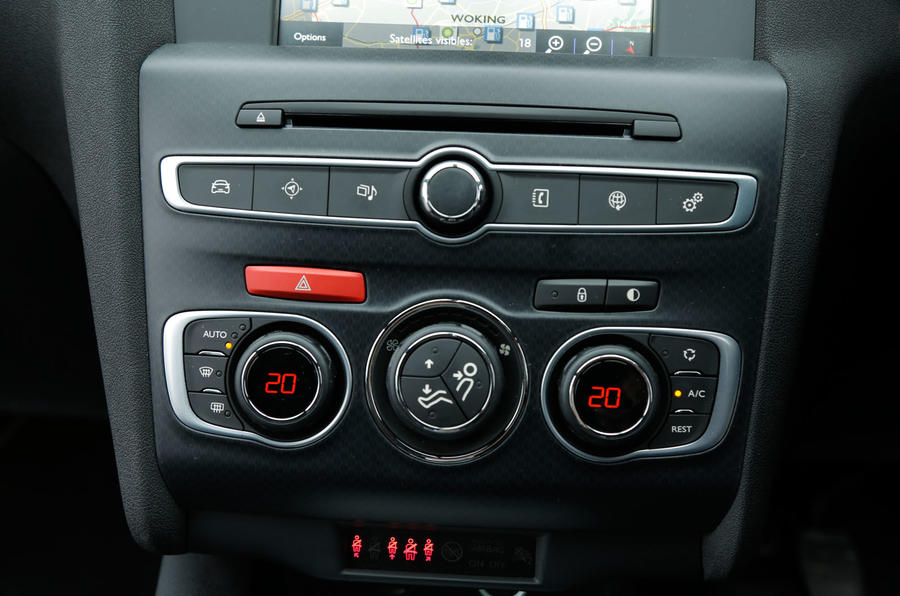 Climate control switchgear in the DS 4 Crossback