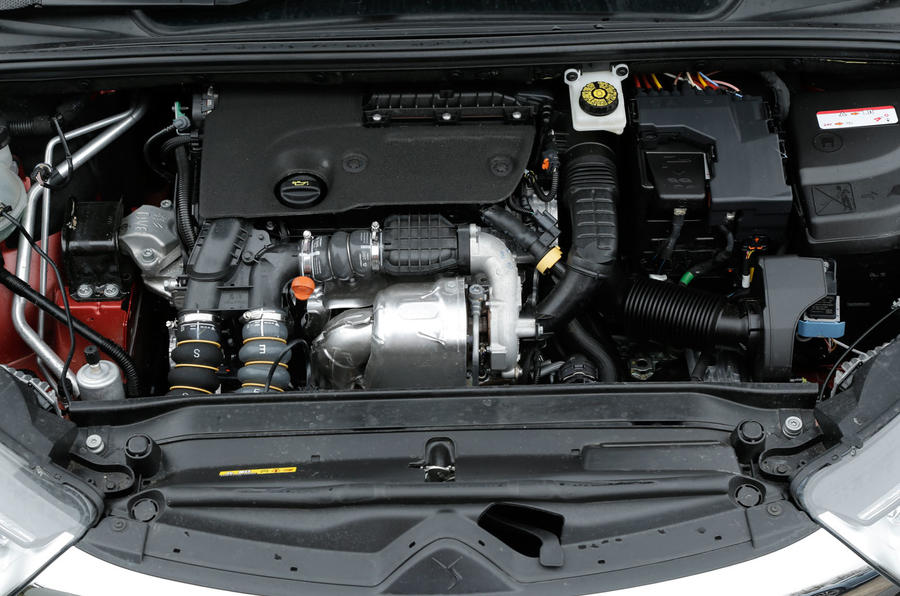 The DS 4 Crossback's 1.6-litre diesel engine