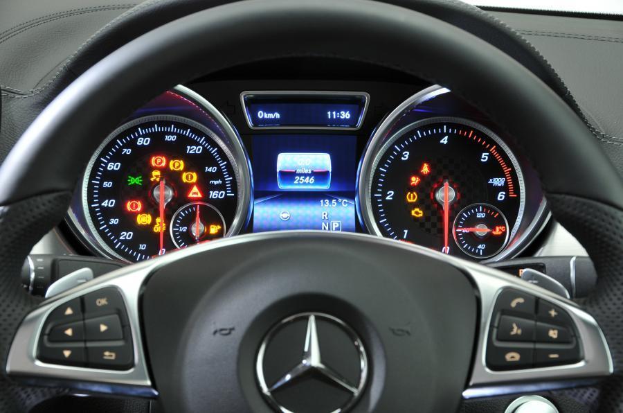 Mercedes-Benz GLE Coupé instrument cluster