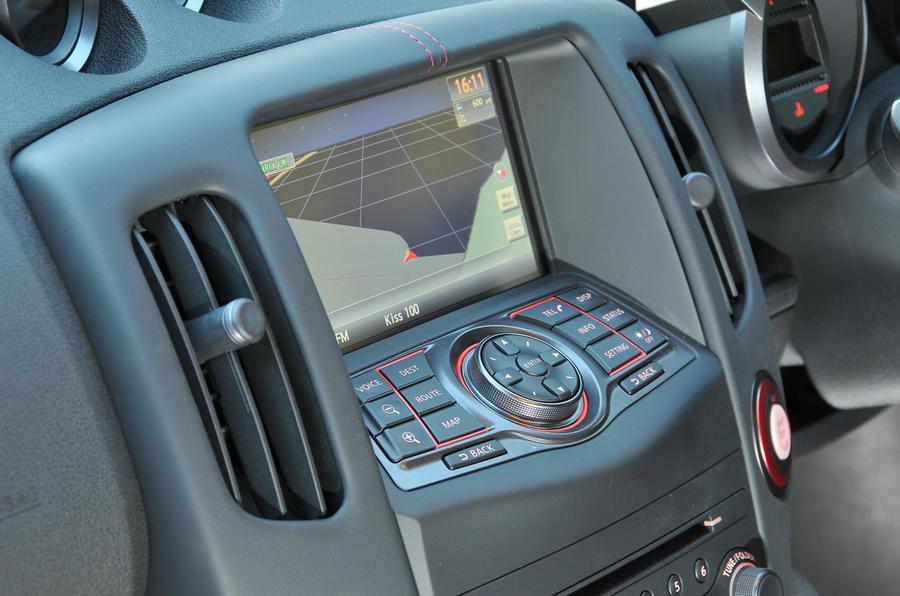 Nissan 370Z Nismo infotainment system