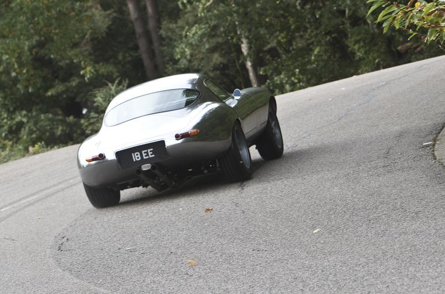 E-type GT Coupé hard rear cornering