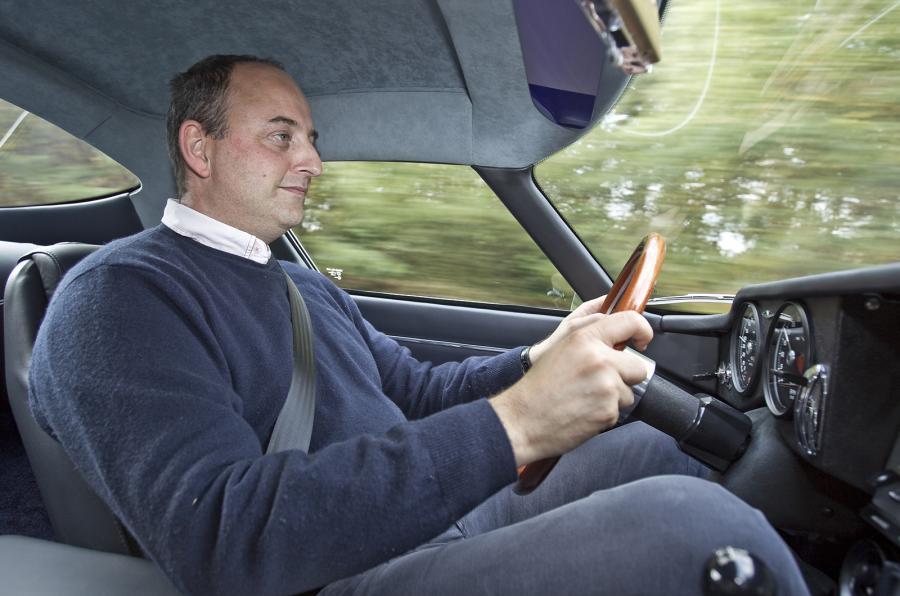 Driving Eagle E-type GT Coupé