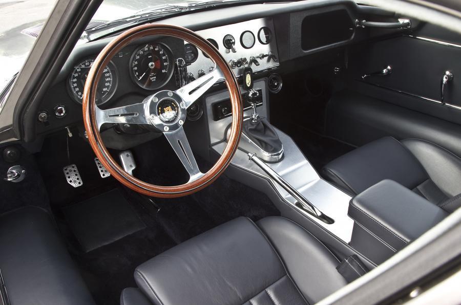 Eagle E-type GT Coupé dashboard