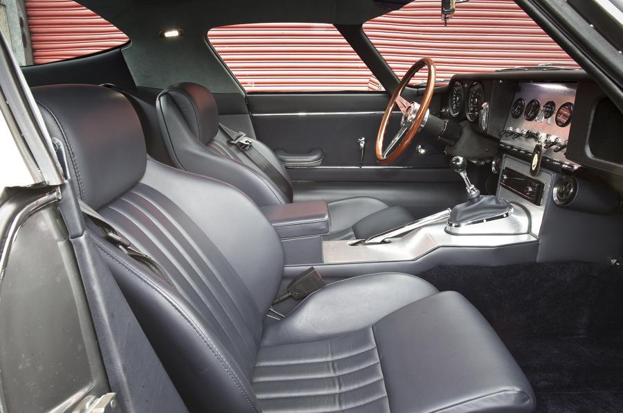 E-type GT Coupé front seats
