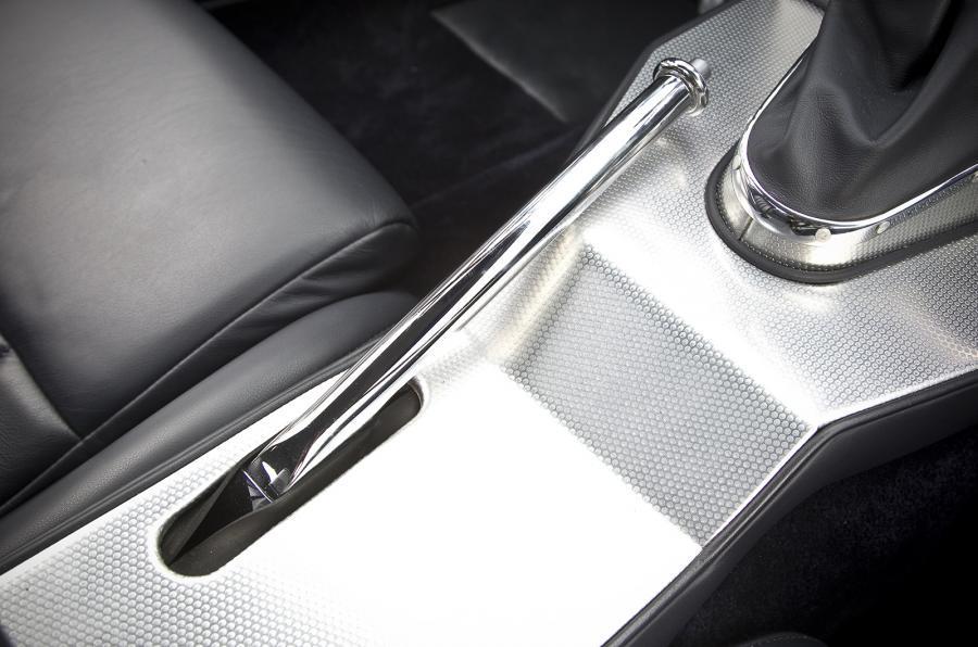 Eagle E-type GT Coupé handbrake
