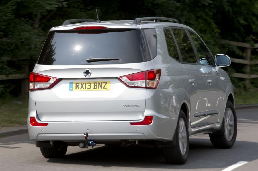 Ssangyong Turismo rear
