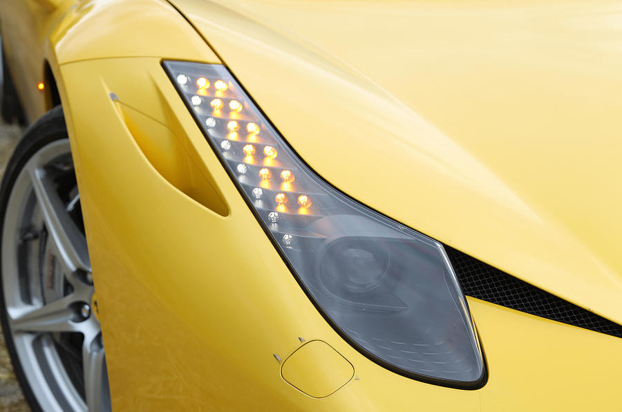 Ferrari 458 xenon headlights