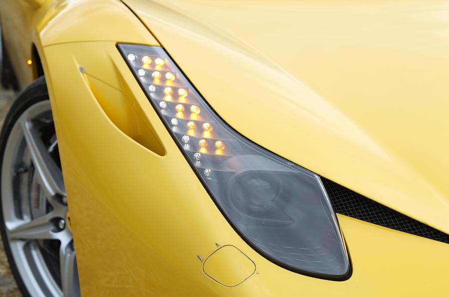 Ferrari 458 xenon headlights