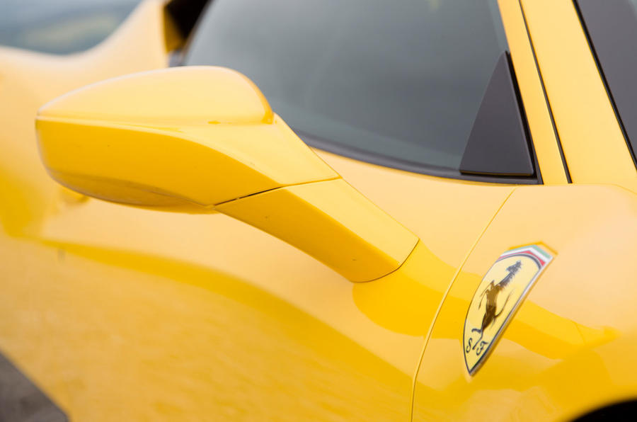Ferrari 458 Speciale wing mirror