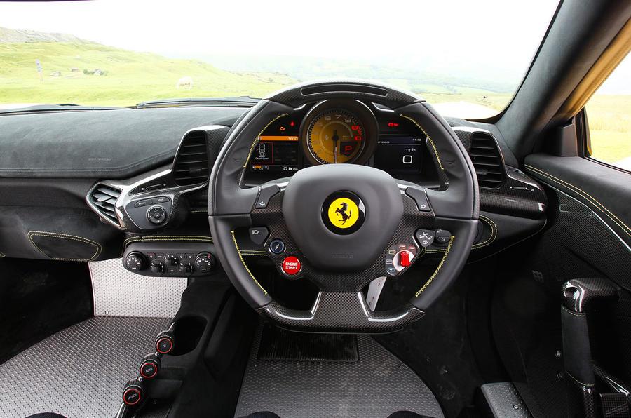 Ferrari 458 Speciale dashboard
