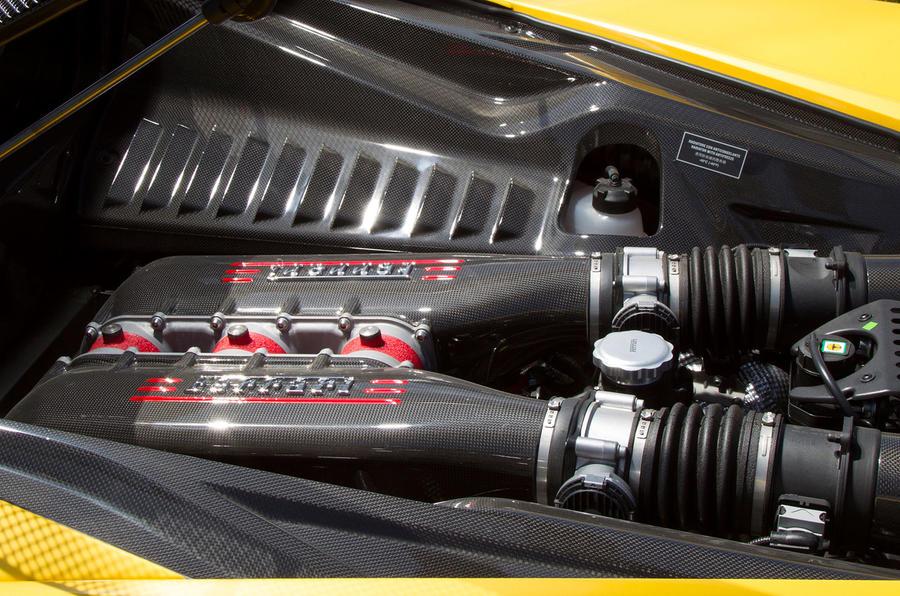 Ferrari 458 Speciale engine bay
