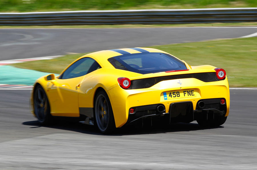 458 Speciale hard rear cornering