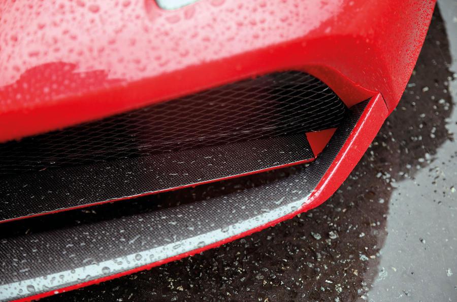 Ferrari 488 GTB front splitter