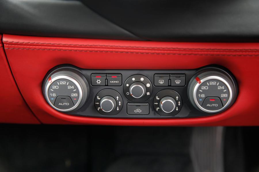 Ferrari 488 GTB climate controls