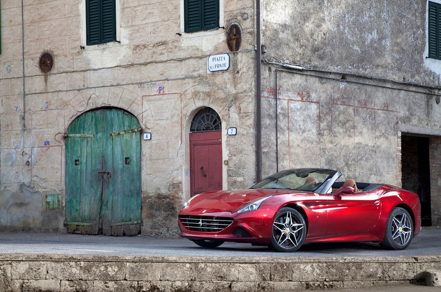 4 star Ferrari California T