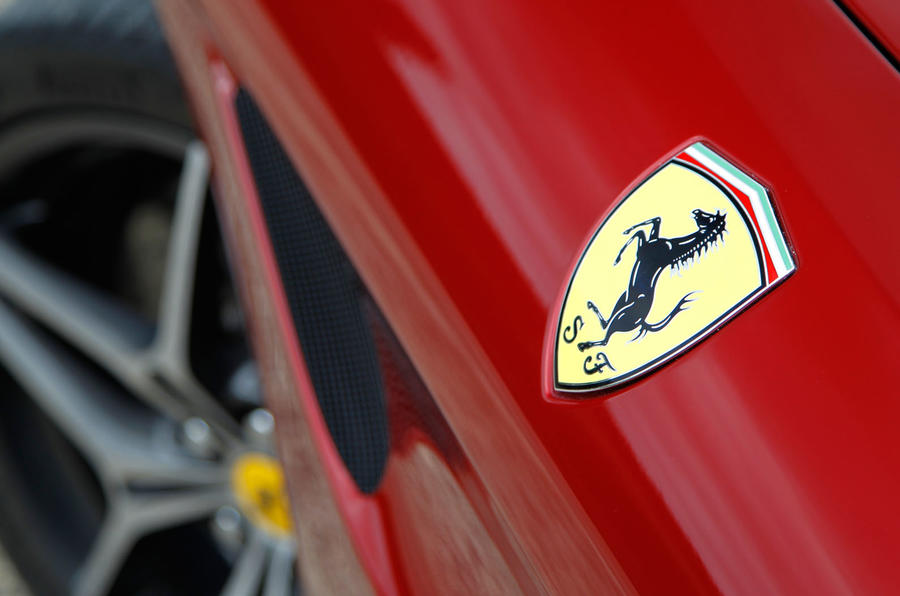 Ferrari patents V-twin engine design