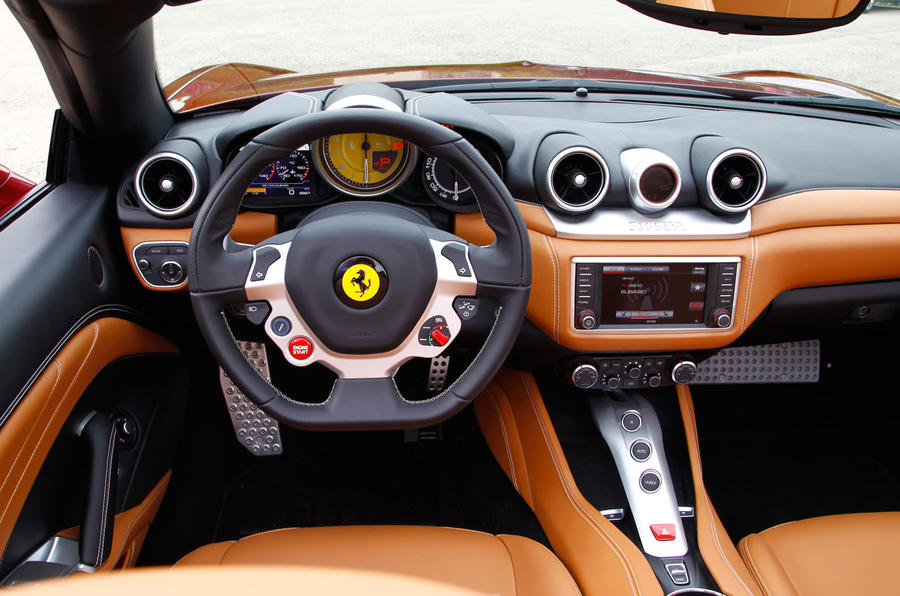 Ferrari California T dashboard