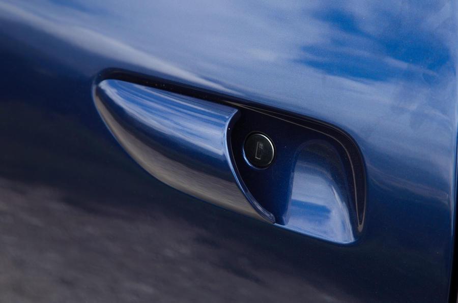 Ferrari GTC4 Lusso door handles