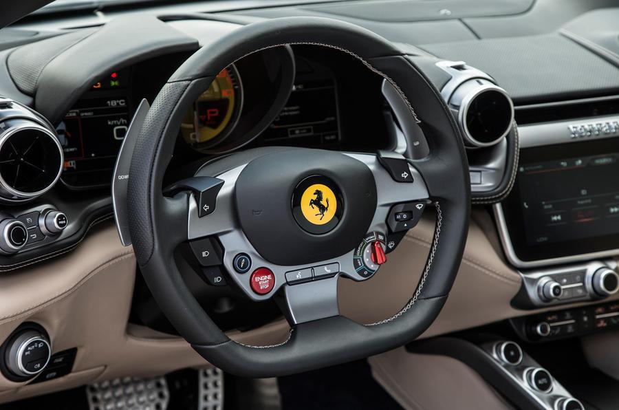 Ferrari GTC4 Lusso dashboard