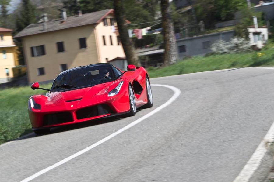 1345kg Ferrari LaFerrari