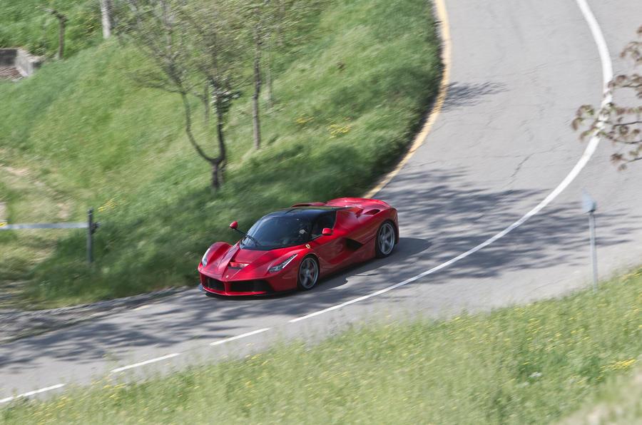 Ferrari LaFerrari cornering