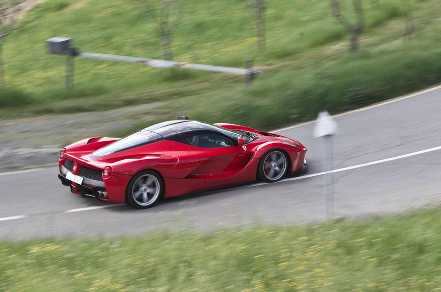 Ferrari LaFerrari rear cornering