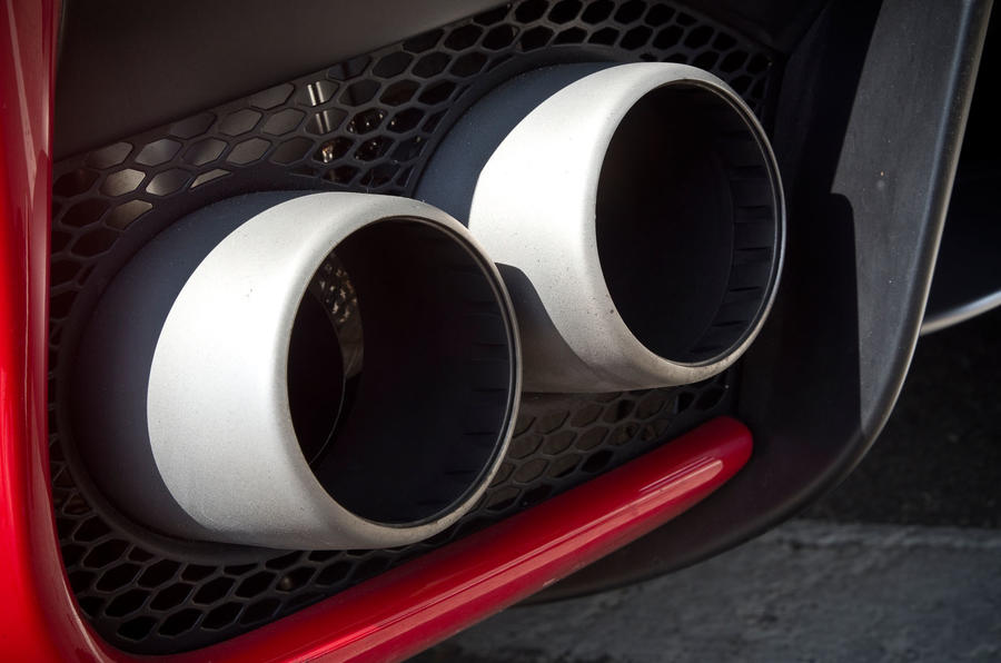 Ferrari LaFerrari twin exhaust