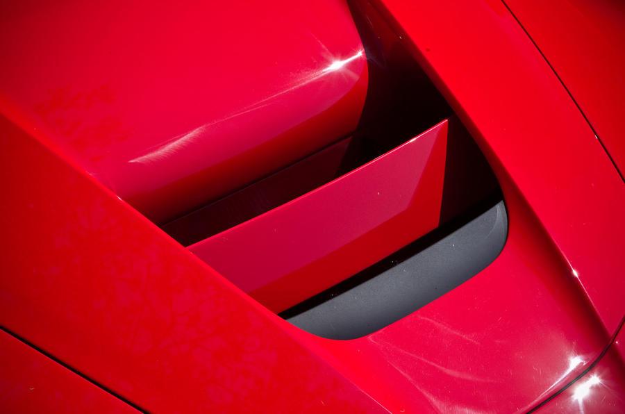 Ferrari LaFerrari air intakes