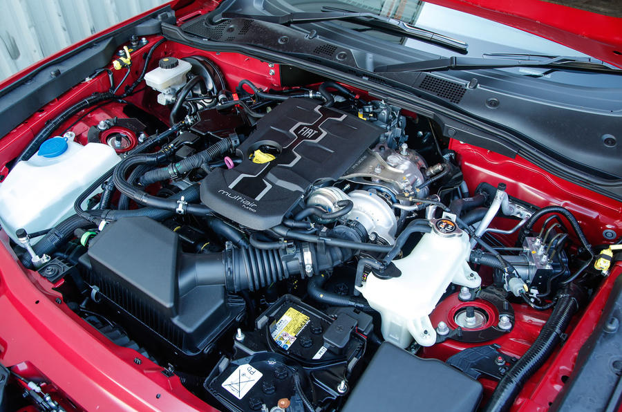 2.0-litre Fiat Spider petrol engine