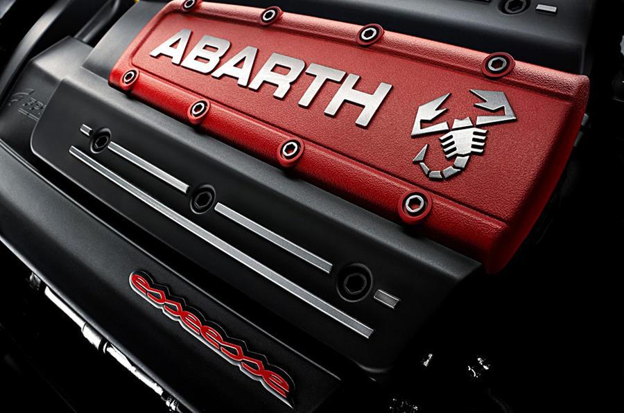 Paris show: Abarth 500C + Punto Esseesse