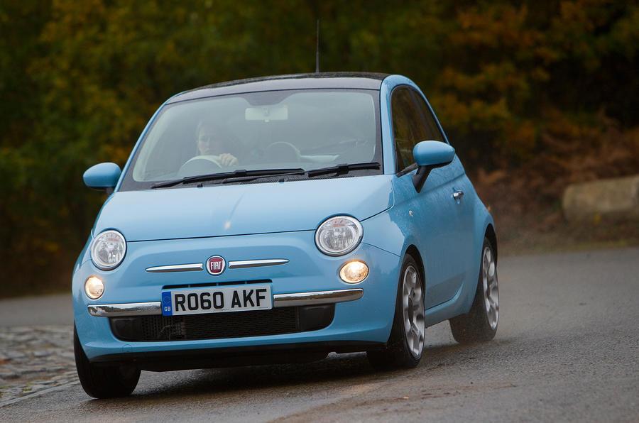 Fiat 500 cornering