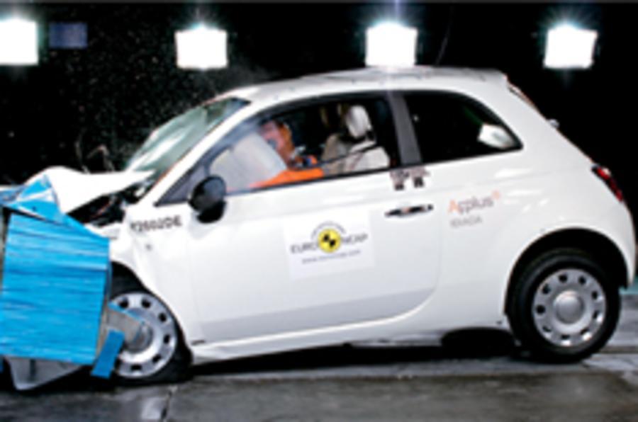 Fiat 500 vs Audi Q7