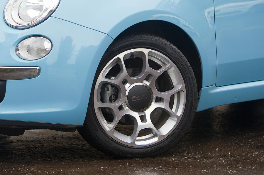 15in Fiat 500 alloy wheels