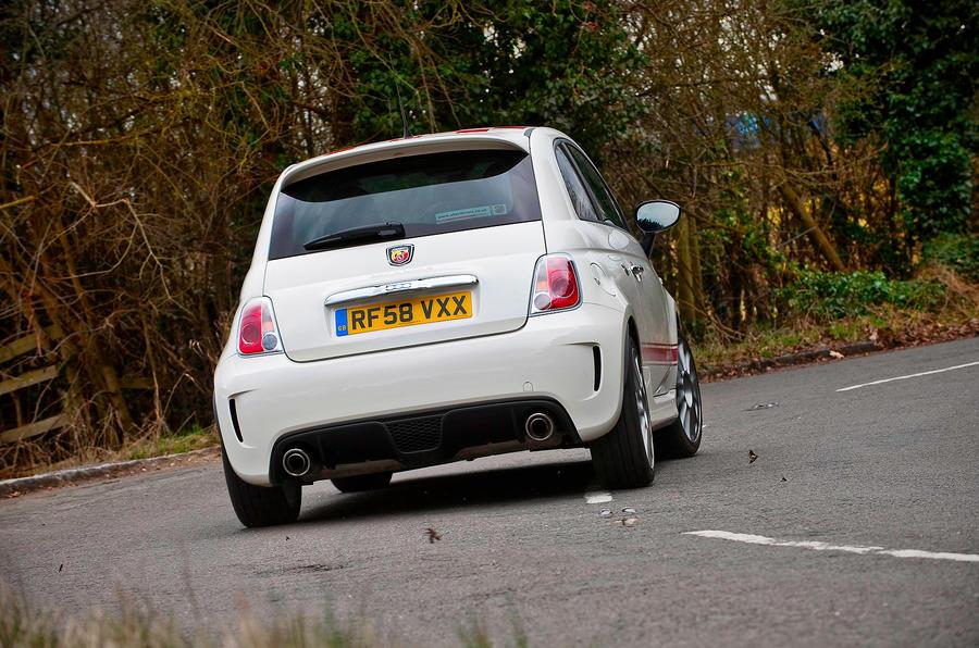 Fiat 500 Abarth rear cornering