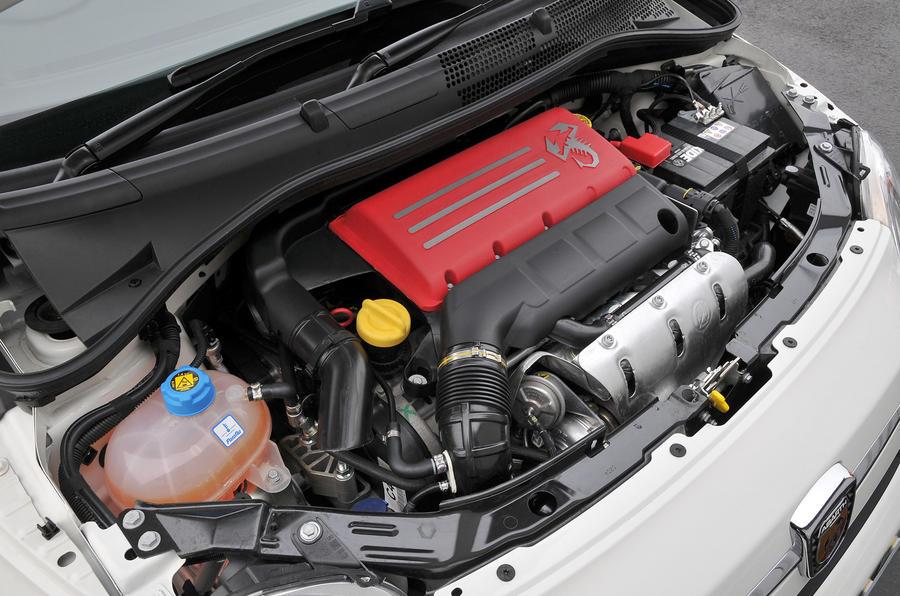 Fiat 500 Abarth engine bay