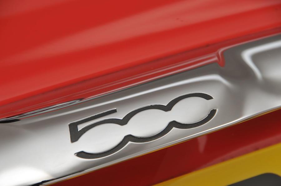 Fiat 500 badge