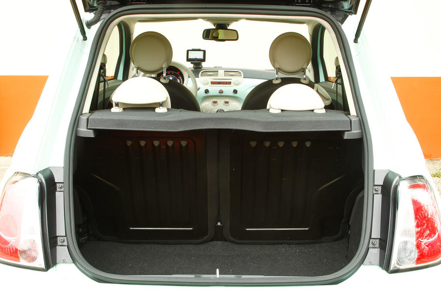 Fiat 500 Cult TwinAir 105 boot space