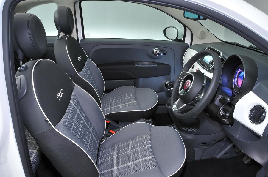 Fiat 500C interior