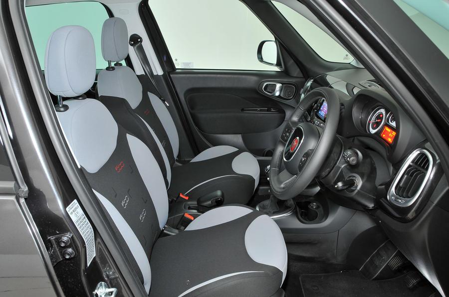 Fiat 500L interior