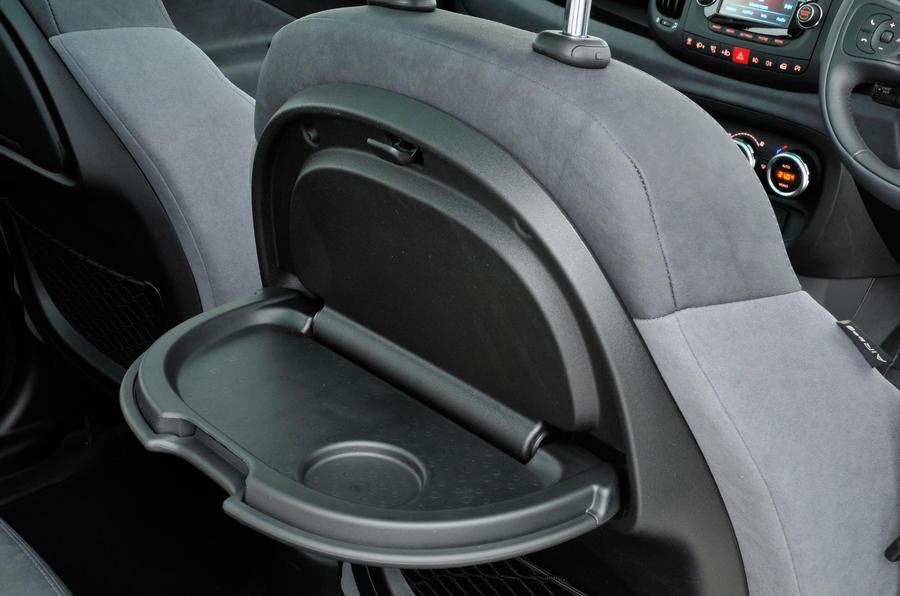 Fiat 500L rear picnic tables