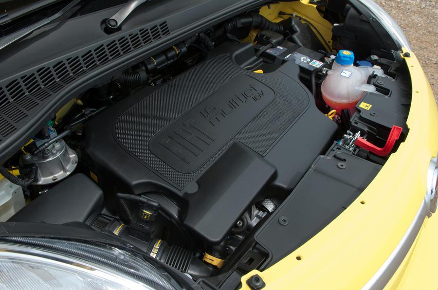 1.6-litre Fiat 500L Trekking Multijet diesel engine