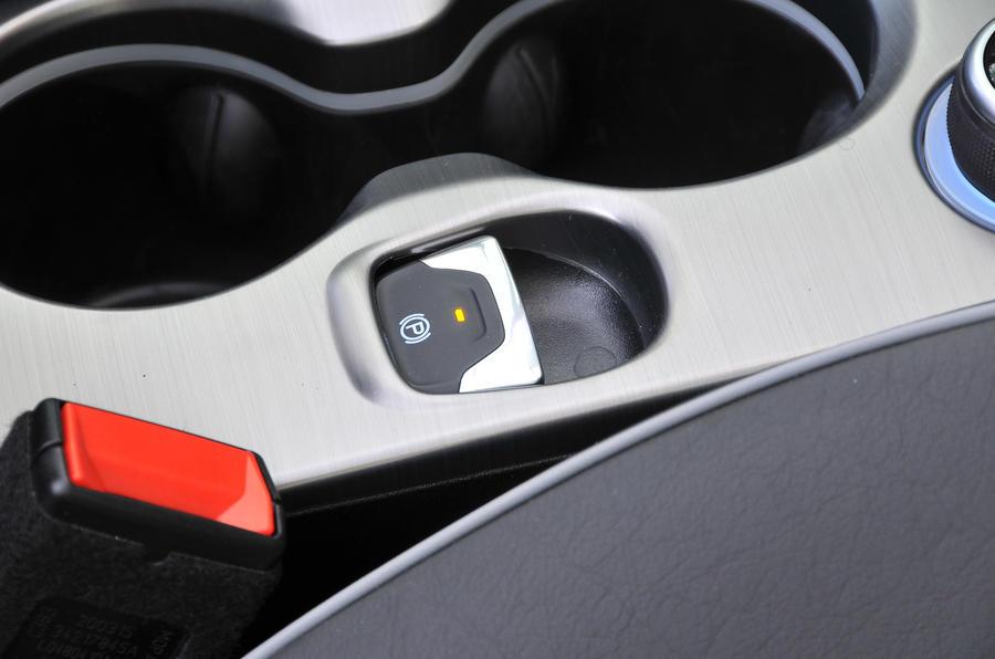Fiat 500X electronic parking brake