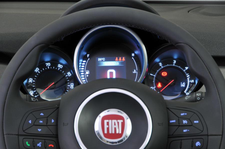 Fiat 500X instrument cluster