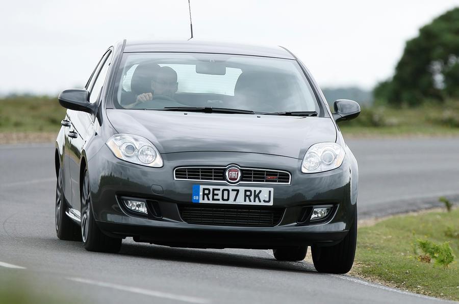 Fiat Bravo cornering