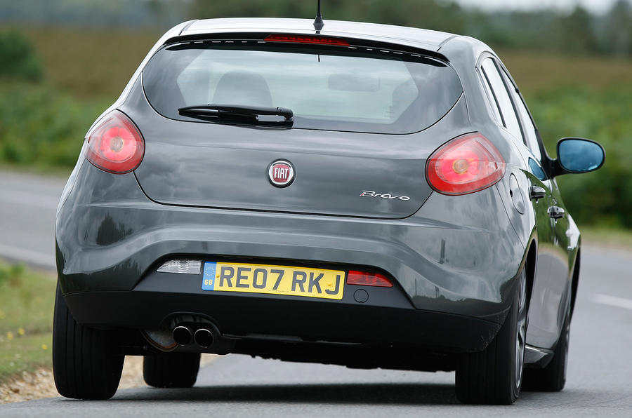 Fiat Bravo rear cornering