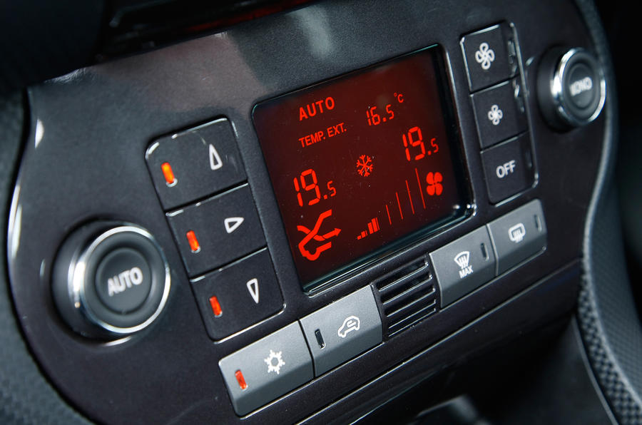 Fiat Bravo climate control switchgear
