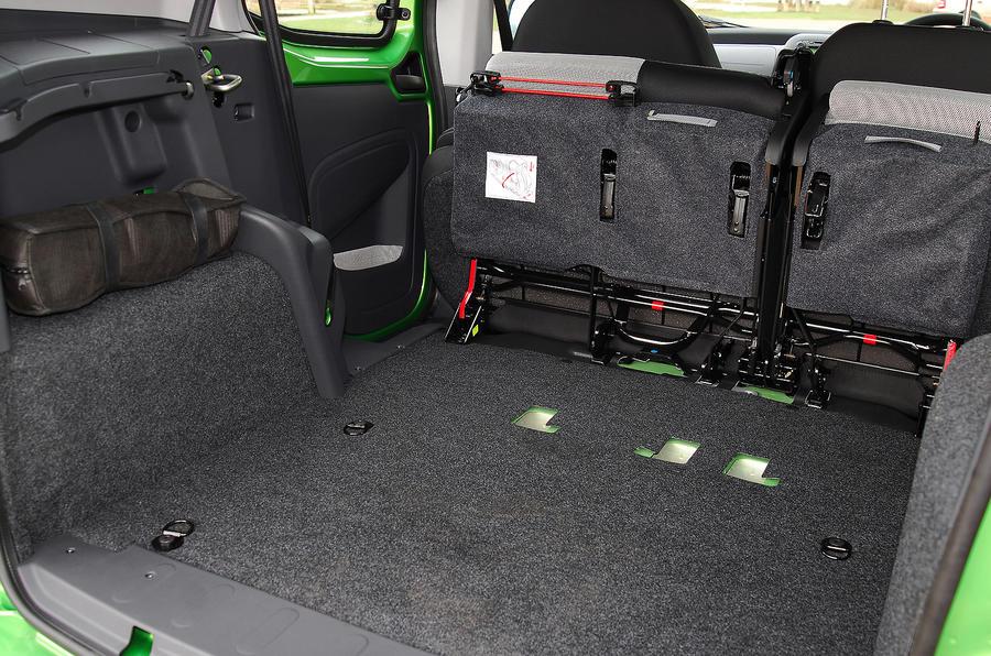 Fiat Qubo seat flexibility