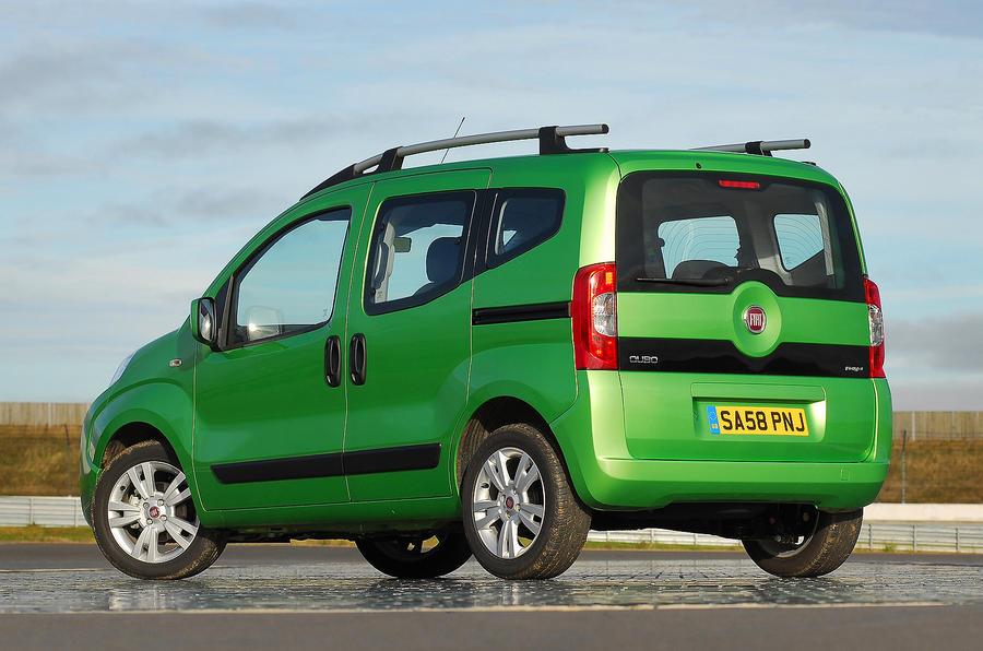 Fiat Qubo rear quarter